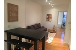 Soho Spacious 1 Bedroom - Laundry in Building - Natural Light
