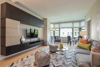 Luxury 1BR/1BA at the Sutton Building in Downtown Jersey City